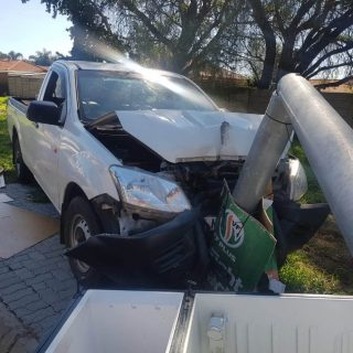 [BOKSBURG] Man having epileptic fit while driving collides with lamp post – ER24 WhatsApp Image 2019 04 27 at 13