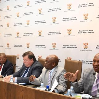 [Photo gallery] Minister Blade Nzimande releases preliminary Easter road safety … 59051919 2192468820835230 1048055892345356288 n 320x320