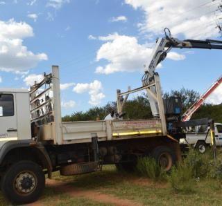 #EskomLimpopo technician Judas Tjale conducting line maintenance in Molepo villa… 60354263 2815345058492220 8126125871183429632 n 320x298