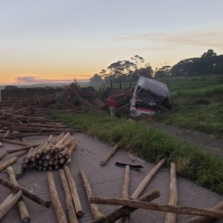 13 May 2019  Truck accident N2 Stanger   Two trucks have collided on the N2 near… 60527008 2789055507836398 4187619355850178560 o 320x320