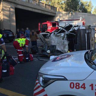[BENONI] Two killed, 16 injured in collision – ER24 Benoni 320x320