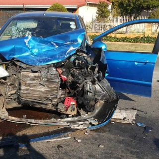 [MARAISBURG] – Car and SUV collide leaving six injured. – ER24 MARAISBURG     Car and SUV collide leaving six injured 320x320