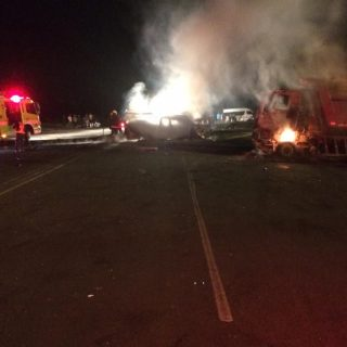 [ESTON] Four dead in collision between truck and bakkie – ER24 WhatsApp Image 2019 05 14 at 18