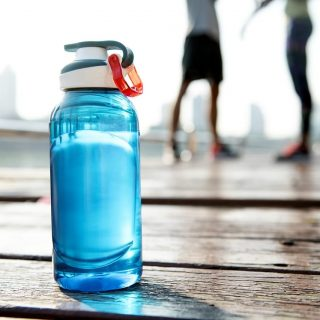 Hydration tips for optimal running performance  Hydration has a direct effect on… 62261005 2350949088259547 2799952994886483968 o 320x320