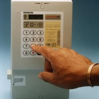 Customers with new prepaid meters must make sure that their meters are registere… 65600860 2903278243032234 8109011126588538880 n 320x320
