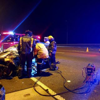 [ALBERTON] – Car and truck collide leaving one dead, two injured. – ER24 ALBERTON     Car and truck collide leaving one dead two injured 320x320