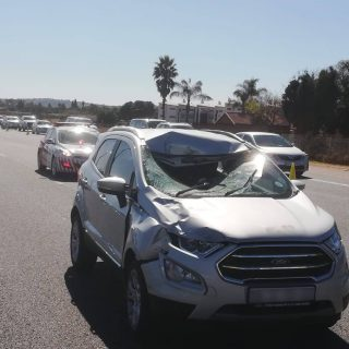 [CENTURION] – Pedestrian hit-and-killed on R21 highway. – ER24 CENTURION     Pedestrian hit and killed on R21 highway 320x320