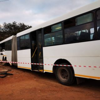 [TZANEEN] 81 involved in bus collision along R71 – ER24 R71 2 320x320