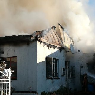 Gauteng: At 08H01 Sunday morning Netcare 911 responded to reports of a house fir… 65744558 2393219500699172 1543142875703803904 o 320x320