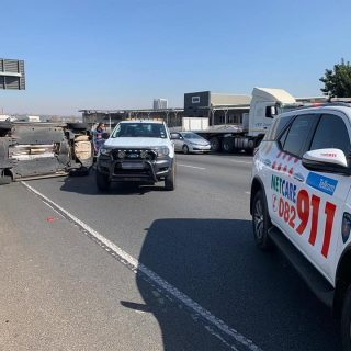 Gauteng: At 12H48 Friday afternoon Netcare 911 responded to reports of a collisi… 67421622 2440058702681918 3132068436335656960 n 320x320