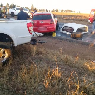 [ROSHNEE] Two killed, four injured in R82 collision – ER24 R82 1 320x320