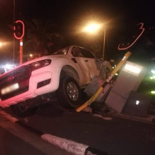 Two vehicle collision on Rothschild Boulevard in Monte Vista, Cape Town early th… 67741828 2443123925748957 2498293475770892288 o 320x320