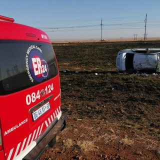 [R54] – Five injured following vehicle rollover. – ER24 R54     Five injured following vehicle rollover 320x320