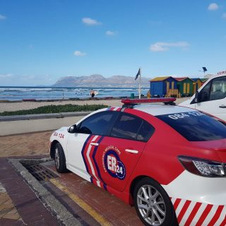 A man sustained moderate injuries whilst surfing at Surfers Corner in Muizenburg… 70581634 2518783384849677 8727977735701397504 o 320x320