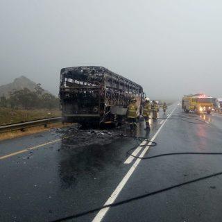 Bus burnt on N1 73034847 2453875957994548 3235000995486367744 o 320x320