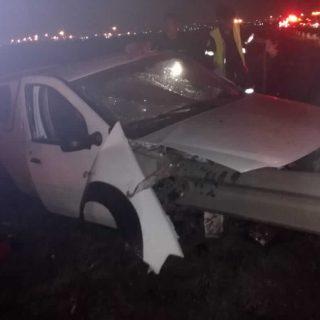 [VOSLOORUS] Two in bakkie badly injured – ER24 Leondale 2019 10 13 at 00