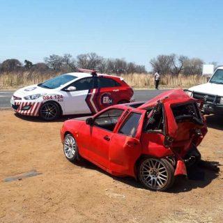 [R510] – Three-vehicle collision leaves eleven injured. – ER24 R510     Three vehicle collision leaves eleven injured 1 320x320