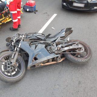 [VEREENIGING] – Biker left seriously injured in collision. – ER24 VEREENIGING     Biker left seriously injured in collision 320x320