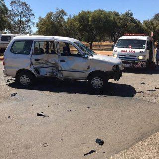 [WESTONARIA] – Man killed when motorbike collides with light motor vehicle. – ER24 WESTONARIA     Man killed when motorbike collides with light motor vehicle 320x320