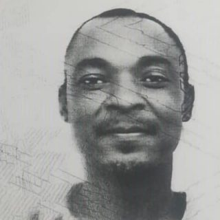 THIS MAN IS A WANTED COP KILLER  SHARE UNTIL HE IS FOUND  VIA SAPS  The Hawks' S… 72422421 2781559038542152 5126985212370092032 n 320x320