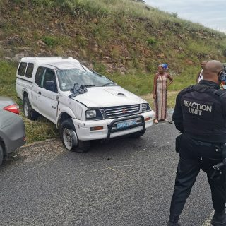 Bakkie Overturns After Tyre Blowout: Inanda – KZN  Four people were injured afte… 89511510 3125712287447344 3717535112288534528 o 320x320