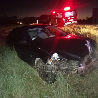 [FOCHVILLE] A man in his 40s suffered moderate injuries after his car landed in … 90539281 2921811617880183 7863248351972556800 o 320x320