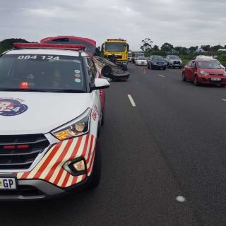 [CHATSWORTH] – One killed in vehicle rollover. – ER24 CHATSWORTH     One killed in vehicle rollover 320x320