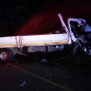 [RICHMOND] Taxi and truck collide head-on leaving six dead, eight injured. – ER24 RICHMOND Taxi and truck collide head on leaving six dead eight injured 320x320