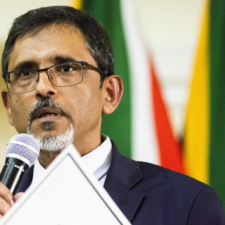 Ebrahim Patel hints at Cape Town remaining on level 4 lockdown as country moves to level 3   Dear South Africa Screenshot 100 320x320