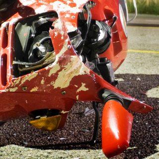 [WINKELSPRUIT] – Biker left critical in collision. Motorbike Collision 320x320