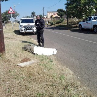 Mob Attacks Theft Suspect: Phoenix – KZN  A 30 year old man was seriously injure… 110256793 3457693204249249 1458780465361190353 o