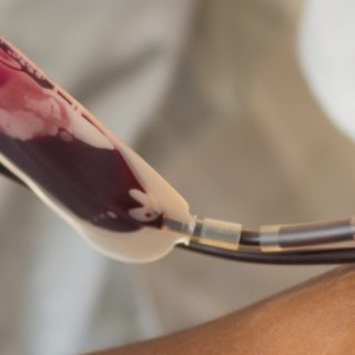 Donating blood is still safe during COVID-19 STOCK BLOOD DONATION 320x320