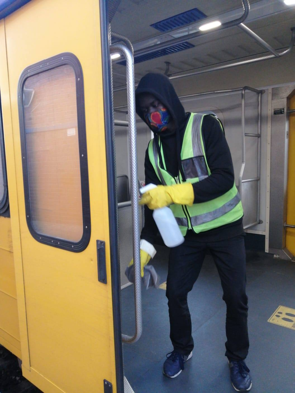 #ServiceAdvisory #Covid19SA  Sanitizing of train at Retreat. Together we can bea… 117242751 4863764976982383 6504740019809639535 o