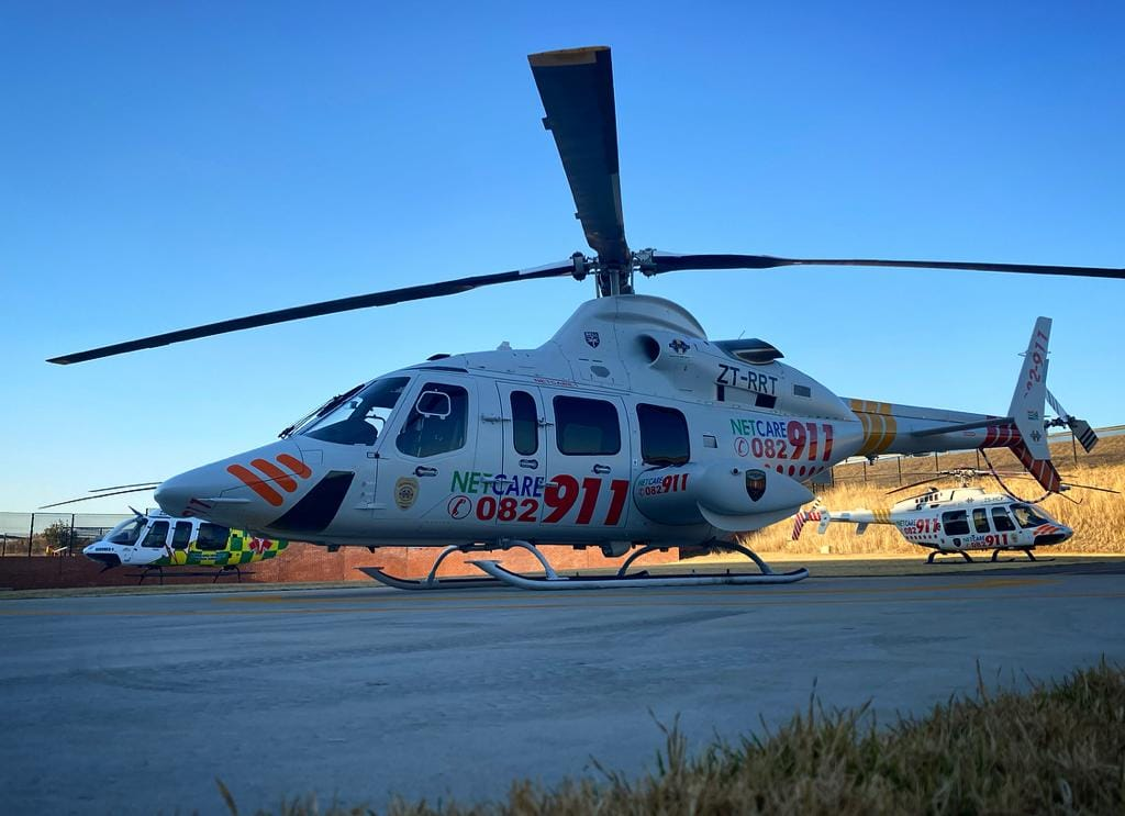 Gauteng Helicopter Emergency Medical Services: Netcare 1 a specialised helicopte… 117640827 3329982767022836 3796989567927504440 o