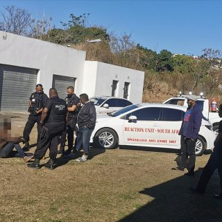 Robbery Suspect Apprehended: Brindhaven – KZN  A suspect believed to be part of … 118067391 3544627192222516 1066981239488401724 o