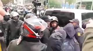 Bikers clash with police 118657969 3240627476020367 7308818564902588426 n