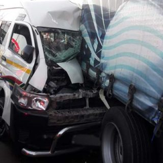 [KRUGERSDORP] Multiple people injured in taxi and truck collision N14 3 320x320
