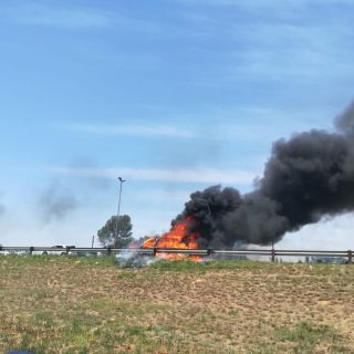 Gauteng: No injuries reported at a vehicle fire on the N14, Mogale City, Roodepo… 46502024 2051223954898730 1144435035777007616 o 320x320