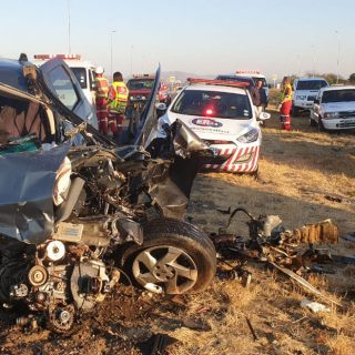 Three killed, one injured in N4 Rustenburg collision – ER24 N4 4 320x320